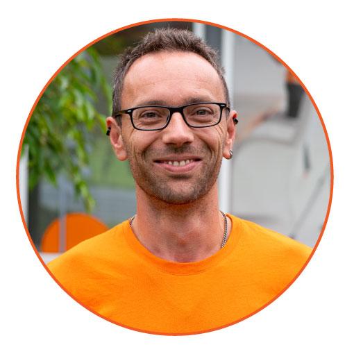 Philipp Trattnig - Elektromonteur Elektro Tisch
